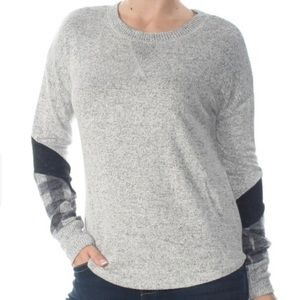 HIPPIE ROSE Gray Plaid Sleeve Sweater Size: M